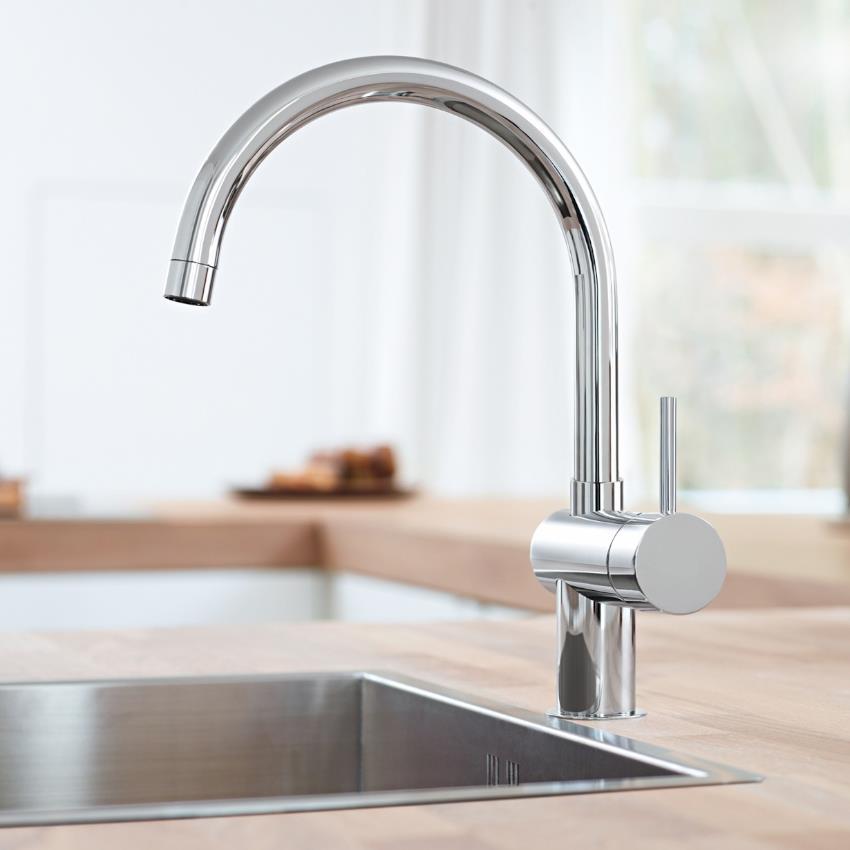 grohe minta monobloc kitchen sink mixer arched spout chrome 32917 000. Black Bedroom Furniture Sets. Home Design Ideas