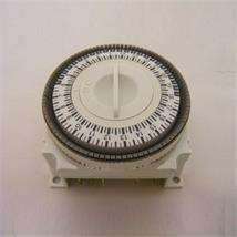 201 ELECTRO-MECHANICAL 'PLUG-IN' TIME CLOCK 24 HOUR